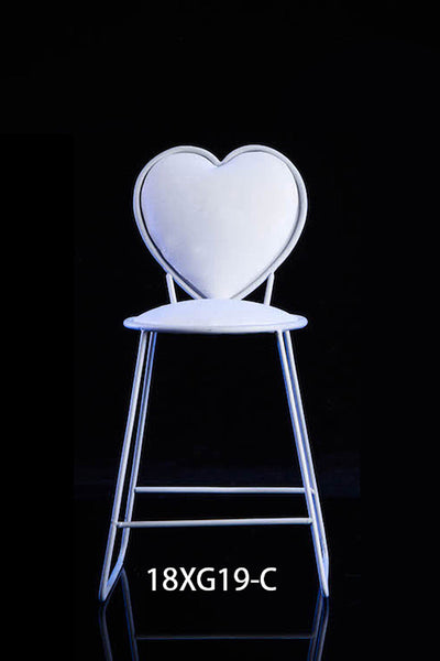 1/6 Scale Metal Heart Chair (2 Colors) by VS Toys