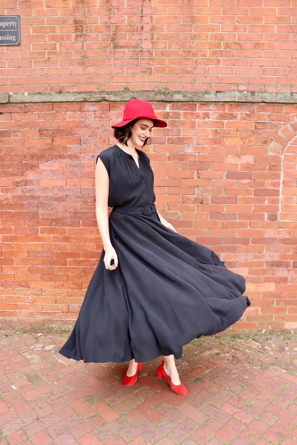 The Noir Circle Skirt