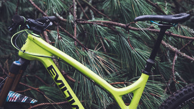 Singletracks Reviews the Bachelor Dropper Post