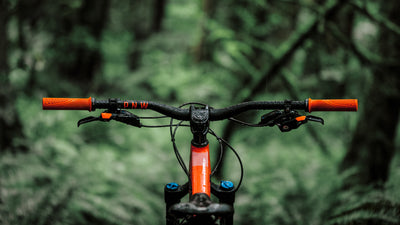 Singletracks Review: Range Handlebar and Stem