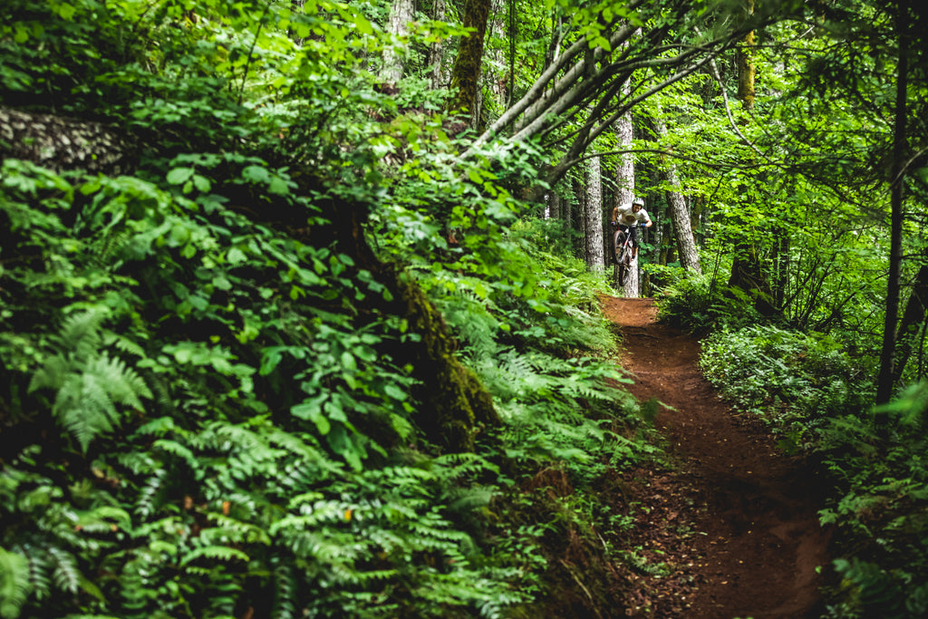 Pat Smage Rides Blackrock Trails in Oregon for PNW Components, Photo by Trevor Lyden