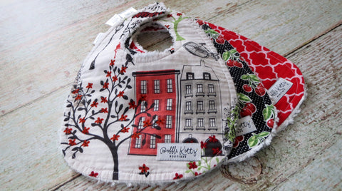 Paris Stroll Bib Set