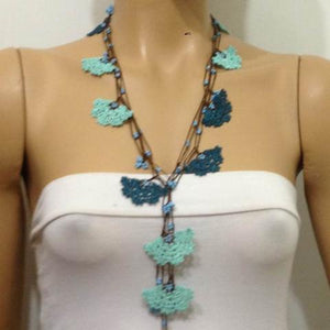 Blue and Teal Green Crochet beaded flower lariat necklace with Blue beads
