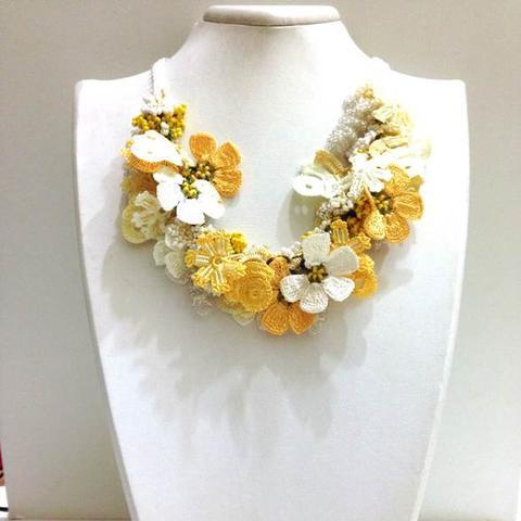 Yellow and White Bouquet Necklace - Crochet OYA Lace Necklace
