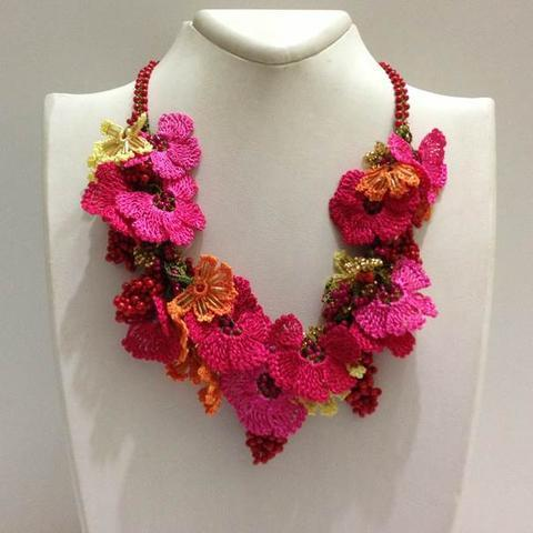 Pomagranate RED and HOT PINK Bouquet Necklace - Crochet OYA Lace Necklace