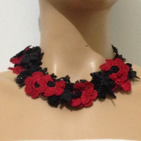 Black and Red Bouquet Necklace - Crochet OYA Lace Necklace