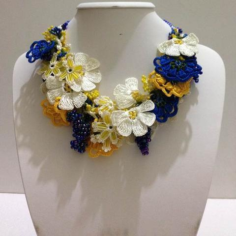 Yellow,White and Indigo Blue Bouquet Necklace - Crochet crochet Lace Necklace
