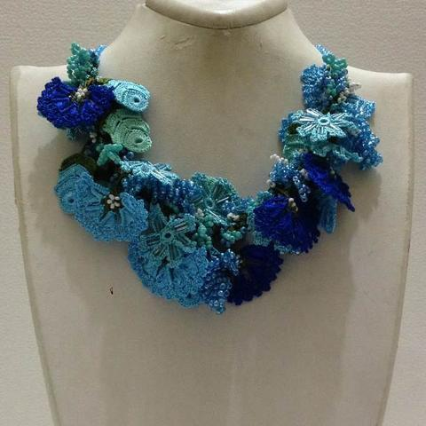 Indigo BLUE and Turquoise Bouquet Necklace with Blue Grapes - Crochet crochet Lace Necklace