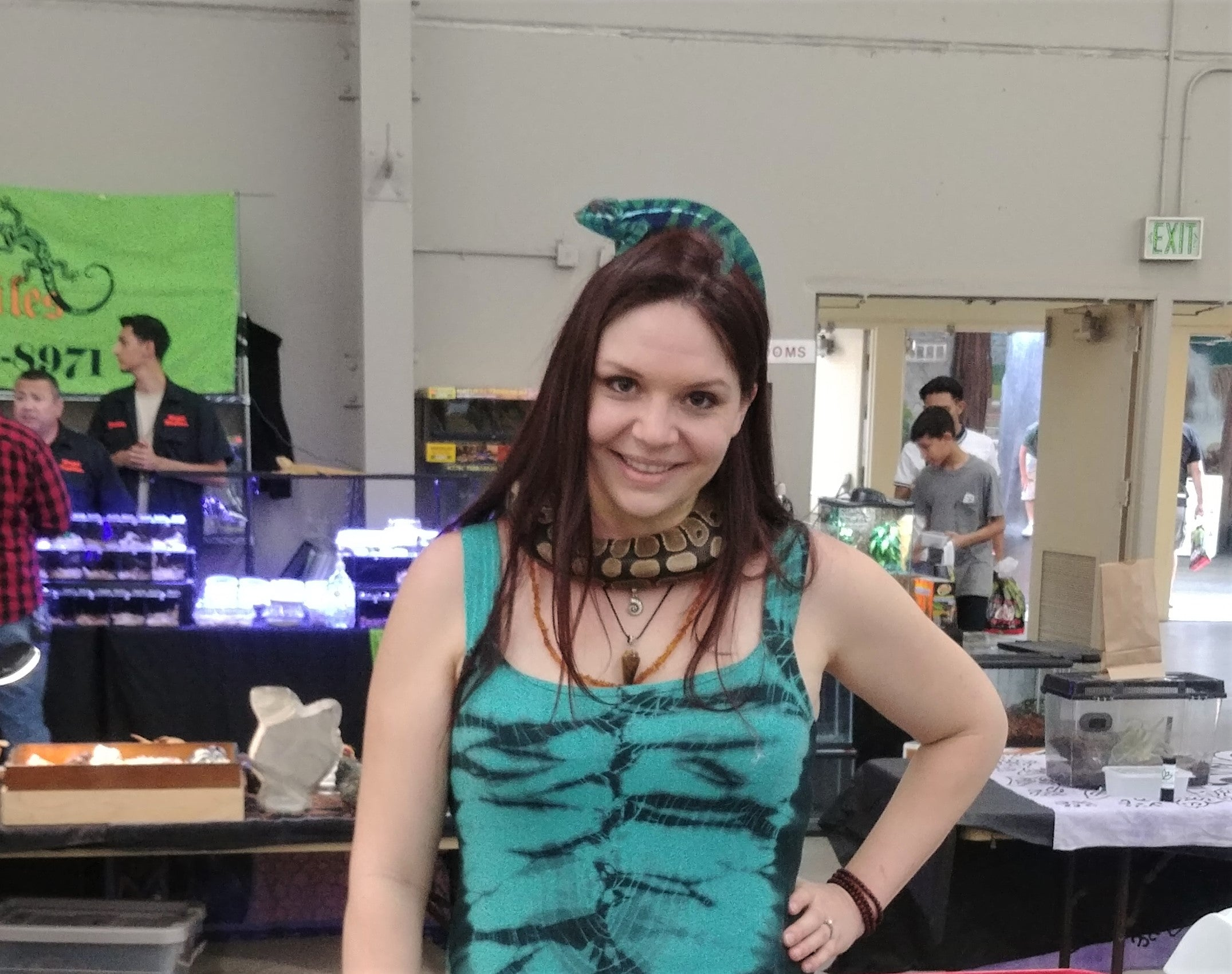 Central Valley Reptile Expo FRESNO Gypsy Gems & Jewelry Gemstone Biologist Brown Chameleon matching Snake Dress