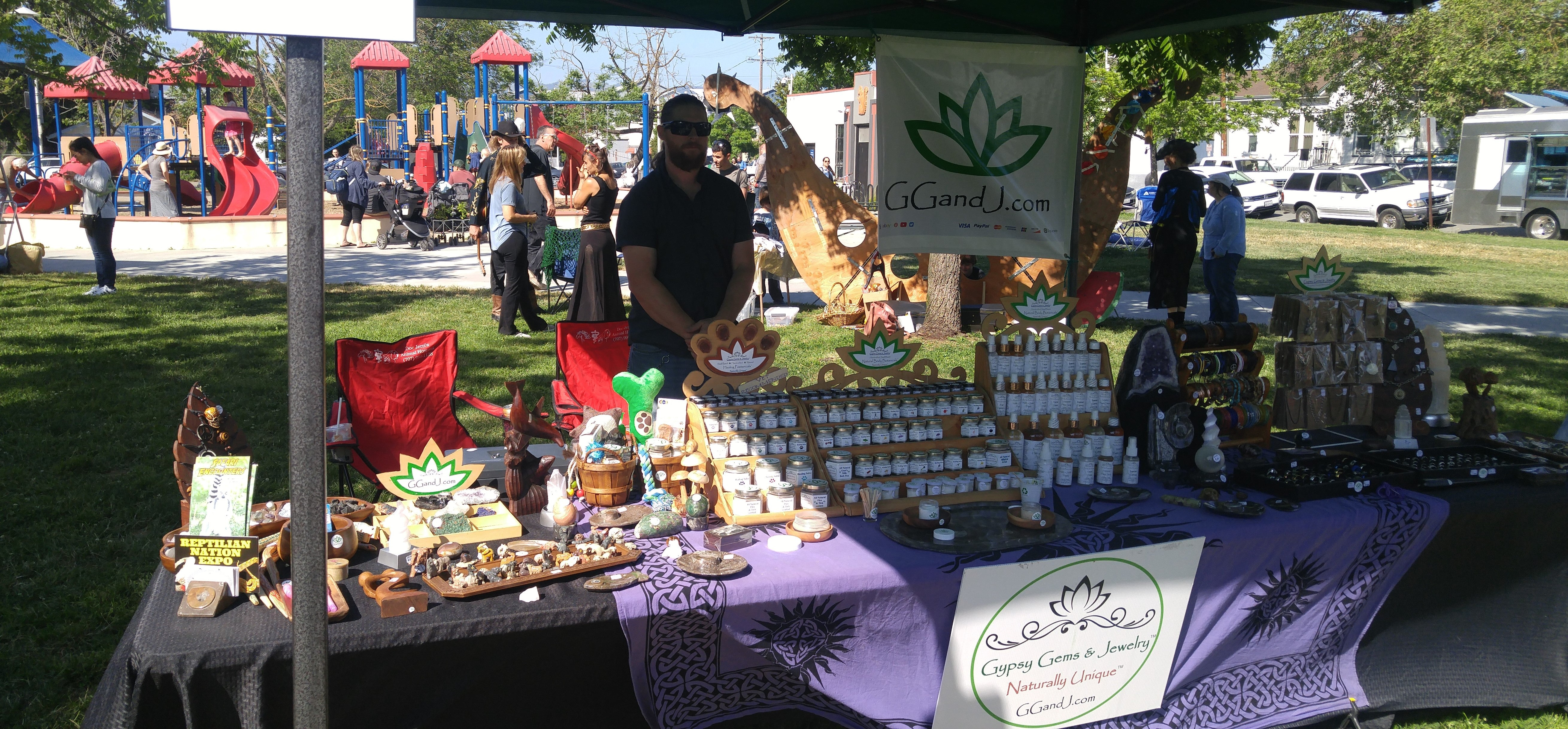 Walnut Park Petaluma Farmer Market 2019 Gypsy Gems and Jewelry