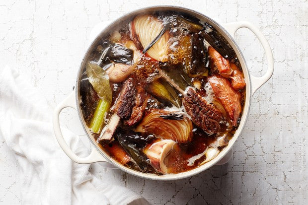 Cook Your Own Delicious Bone Broth With This Excellent Recipe - Or Do It Easy and Use Best of the Bone