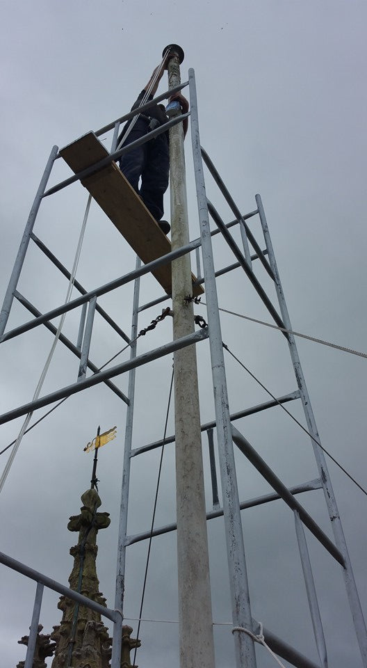 Flagpole maintenance by Red Dragon Flagmakers
