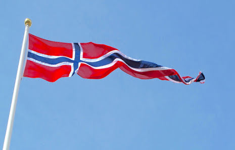 |Denmark flag vimpel by Red Dragon Flagmakers