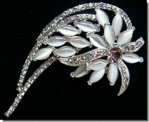 White and Silver Crystals Flower Pin B1R23