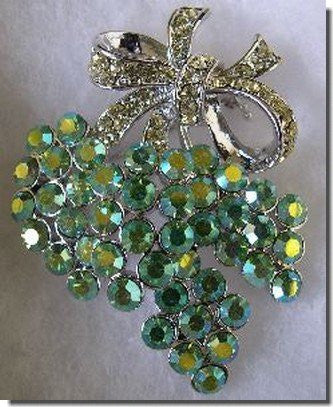 Silver Bow Pin With Green Crystals B1R33