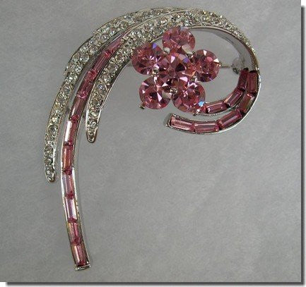 Pink Swirls Crystal Brooch Pin B1S33
