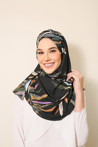 ( Maleficent Forest )  JULIA Pinless Semi Instant Shawl - Round Awning