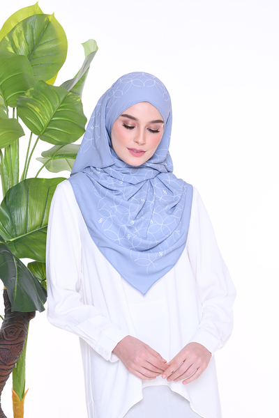 Monogram Louisa (SHAWL ) - Denim