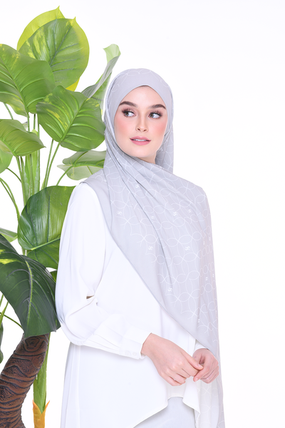 Monogram Louisa (SHAWL ) - Smokey Fog