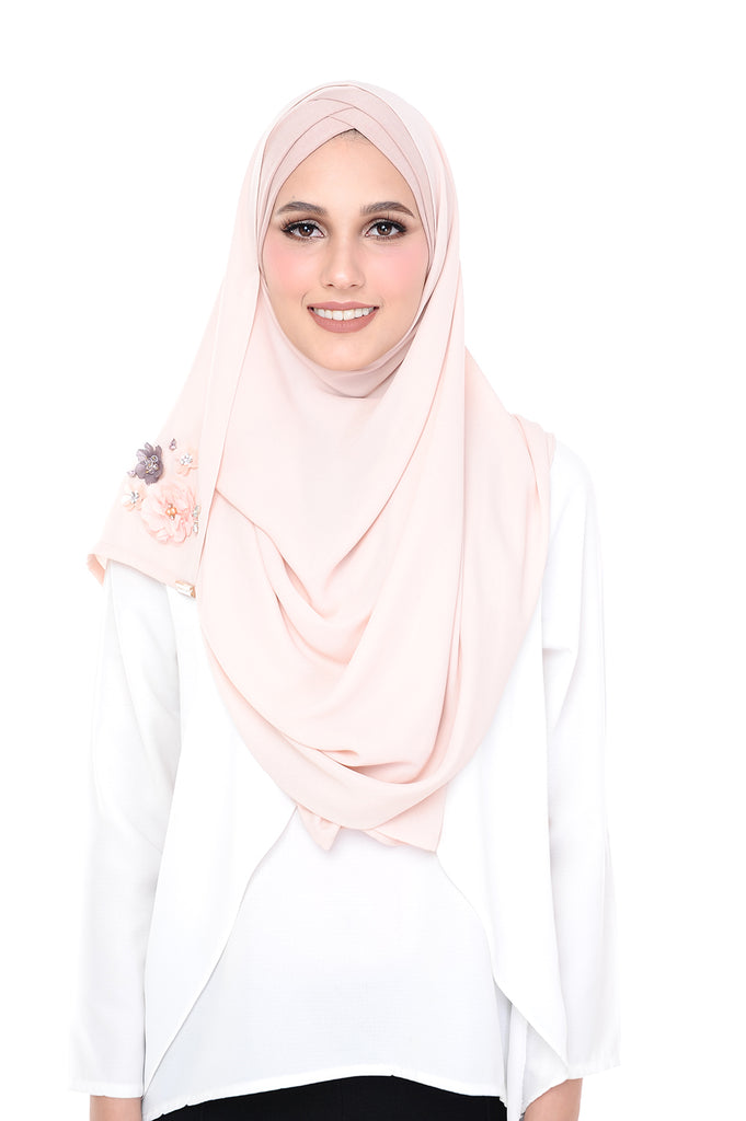 Madison 3D Marshmallow (TieBack) - Pink based