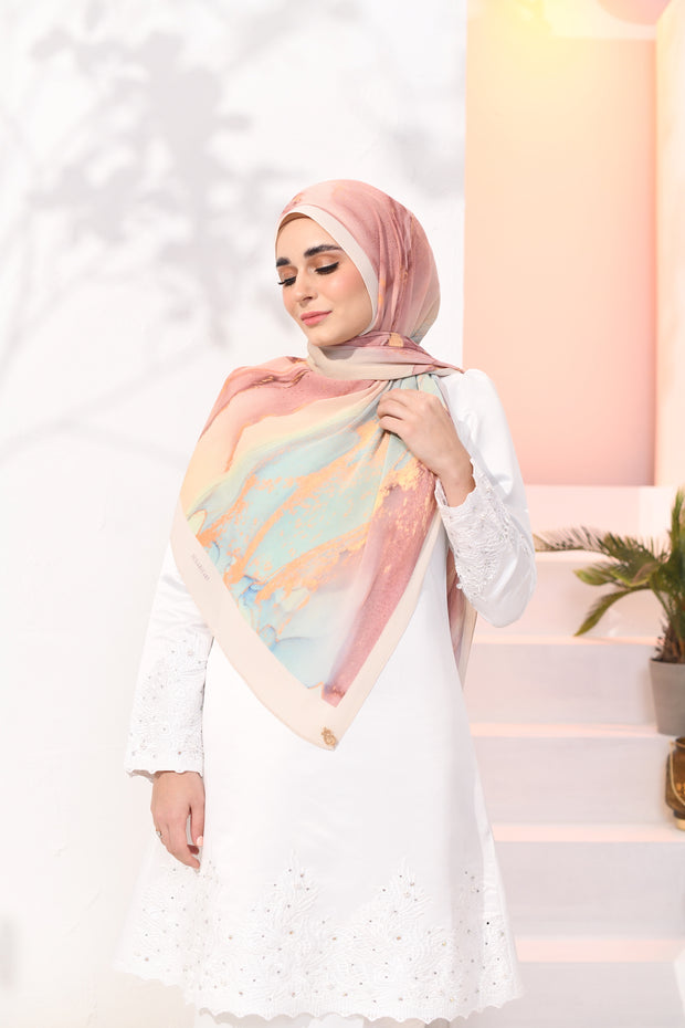 EID DOLCE Pleats Long Shawl in Kuih Pelita Magic