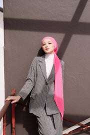 Breeze Pleats Long Shawl (Small) in Doll ( Slanted Pleats)