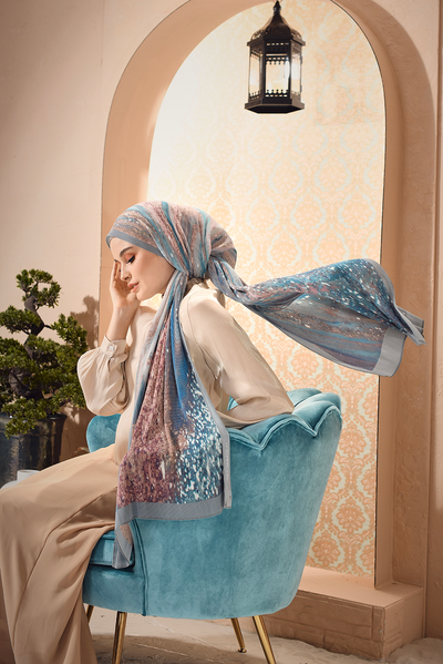 Dolce Pleats Long Shawl ( Wide ) in Mermaid ( Restocking on 28th Onwards)
