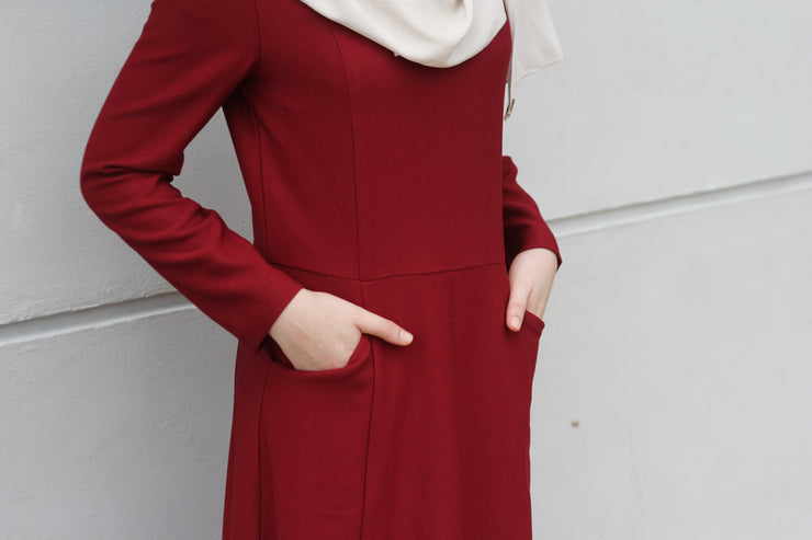 Blair Structured Dress In Red - Sugarscarf
