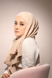 Exclusive Miss Pleats Shawl - Natural ( Wide )