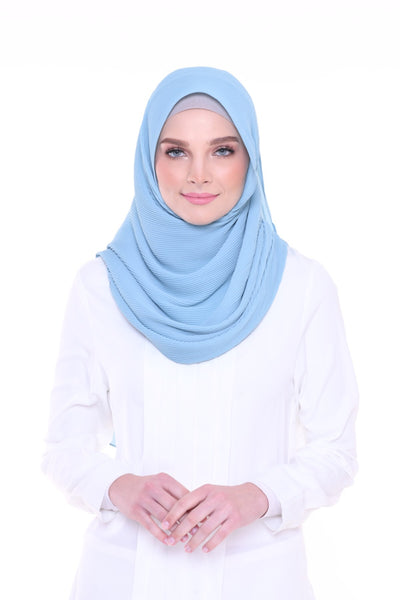 Lapez Solid Wide Pleated Mixed Crepe Silk Shawl - Bora Bora (Light Blue )