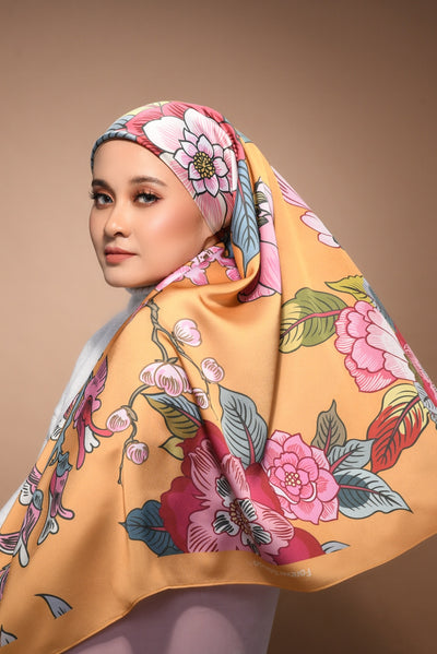 (Square) FOREVER Mix Satin Silk Scarf in Crash Landing On You