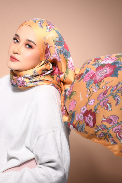 (Shawl ) FOREVER Mix Satin Silk Scarf in Crash Landing On You