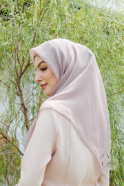 Sugarscarf Claudia Voile / Bawal Monogram Instant Tie Back Free Size ( Natural )