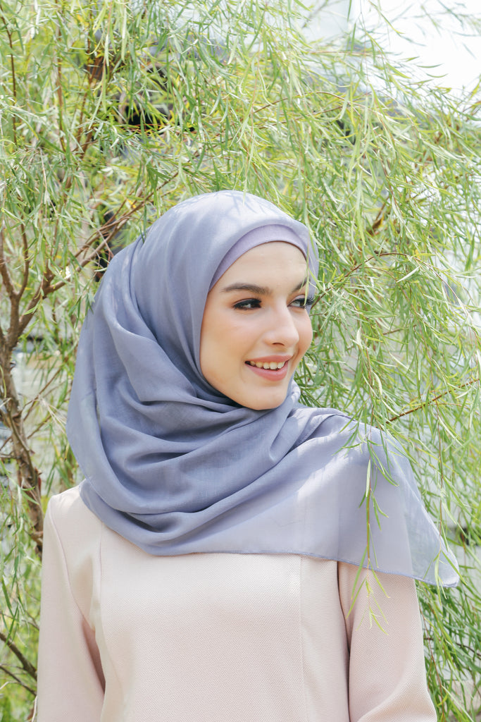 Sugarscarf Claudia Bawal Monogram Instant Tie Back Free Size ( Lighter Purple Grape )