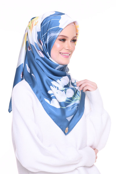 Blooming Mixed Satin Silk (Square ) - Aishah