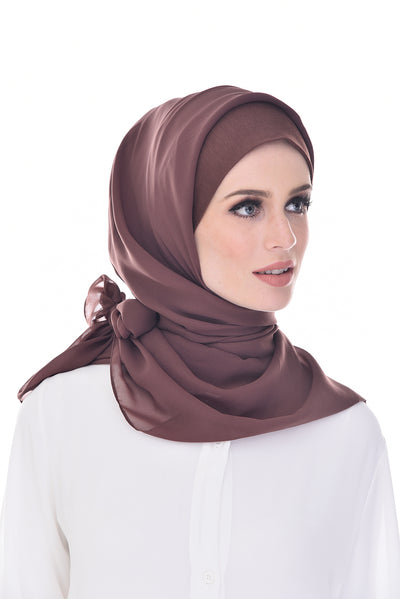 Claudia Hot Cocoa Square Instant - Sugarscarf
