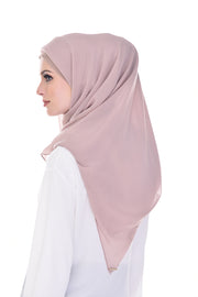 Claudia Lust for Blush Square Instant - Sugarscarf