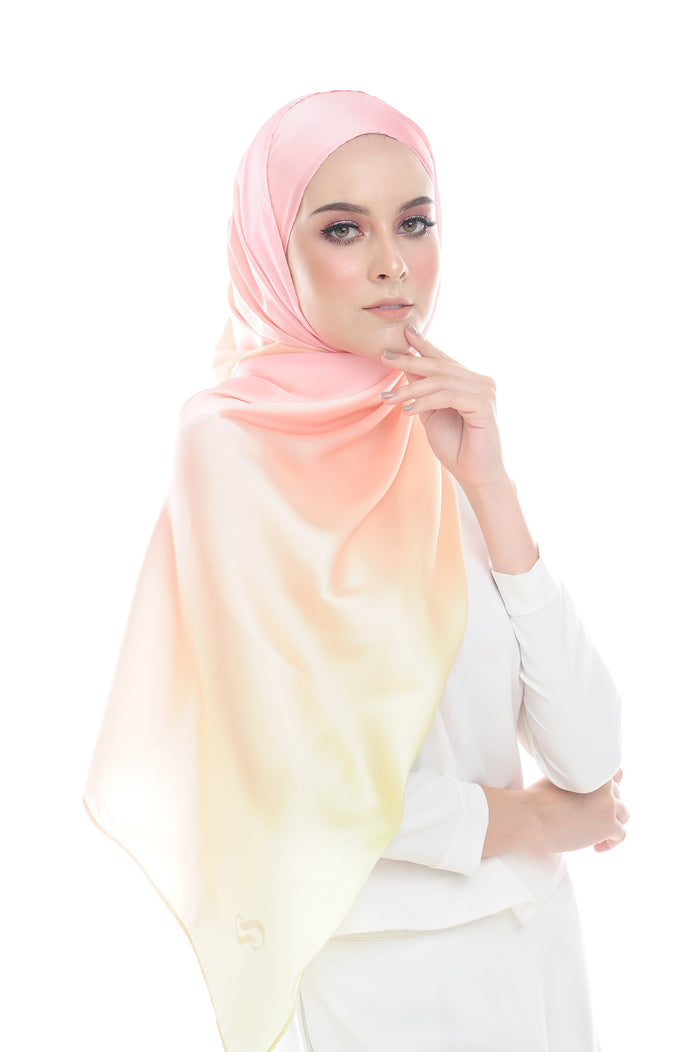 LONG SCARF TWILIGHT mixed satin silk (STRAWBERRY PUDDING )
