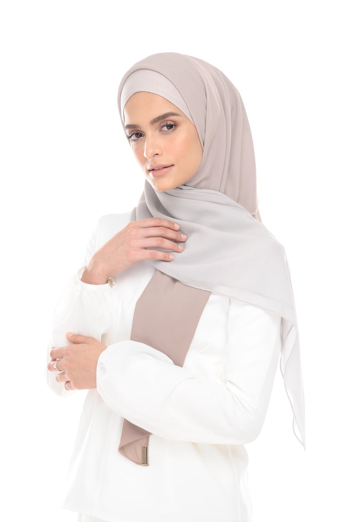 Ombre Claudia2-in 1-Instant   (Smokey Beige ) - Chiffon