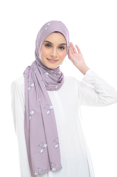 Julia ( Round ) Semi Instant Shawl in Ribbon - PREORDER - Sugarscarf