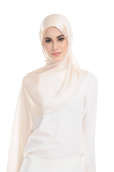 MONOGRAM 100% SATIN SILK CREAM
