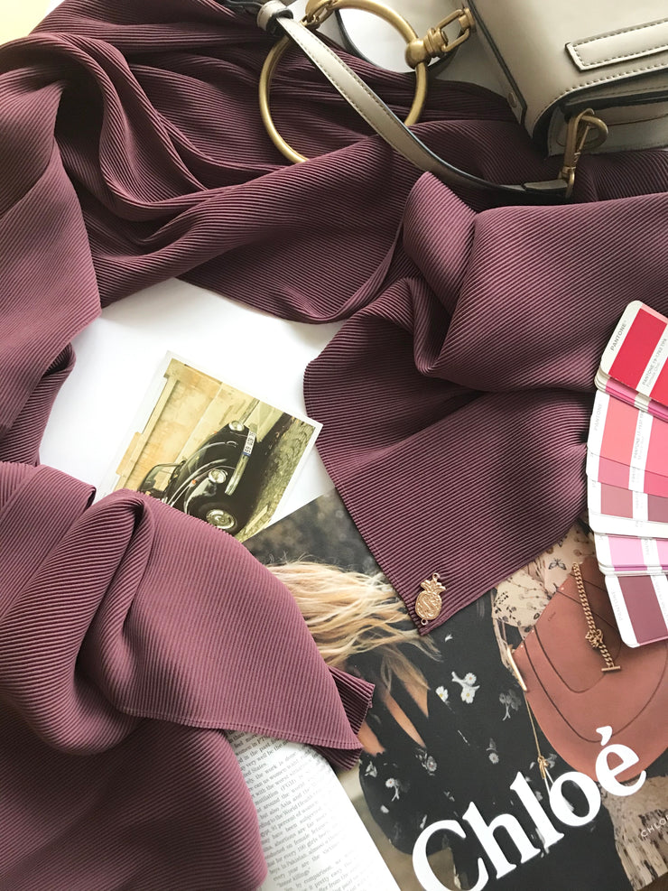 Breeze Pleats Long Shawl (Small) in Luxe Maroon
