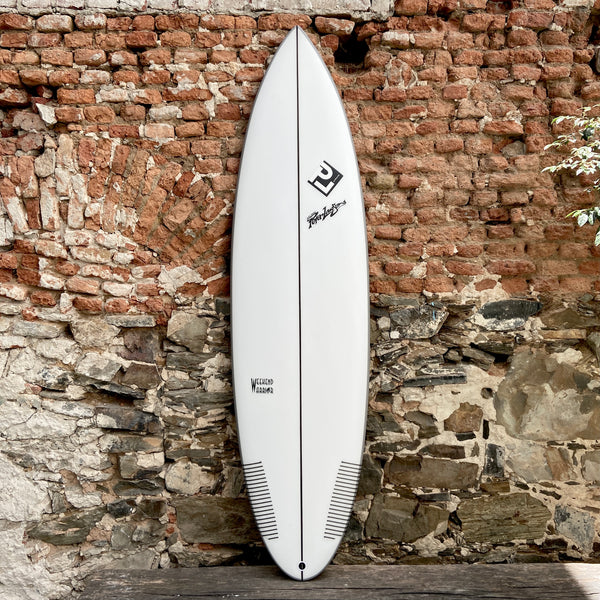 PETER LAWSON - WEEKEND WARRIOR 6'8 x 21 x 2  3/4  41,19L