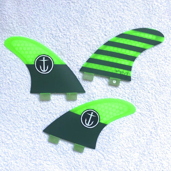 CAPTAIN FIN   CF-MEDIUM TT