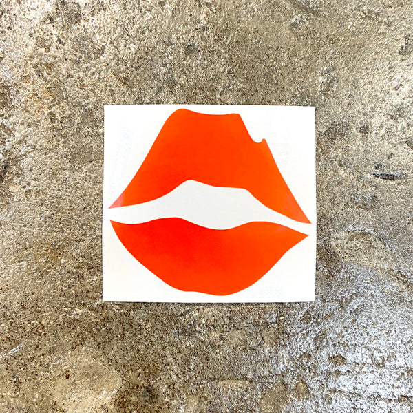 KISS LOGO STICKER