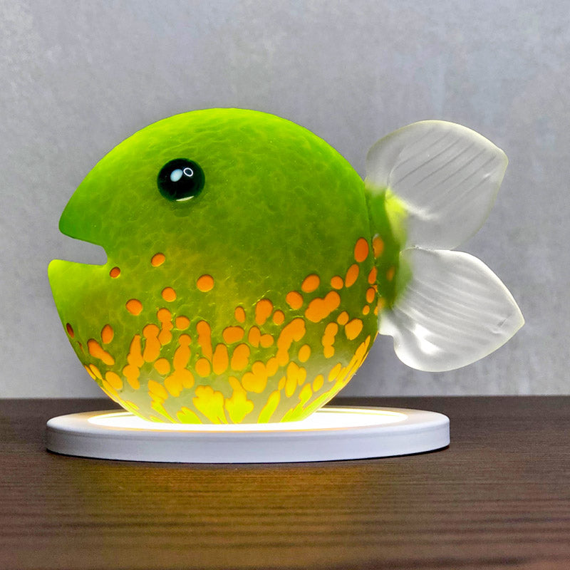 KISS FISH - Souvenir, Souvenir, [Borowski Art Glass in Asia]