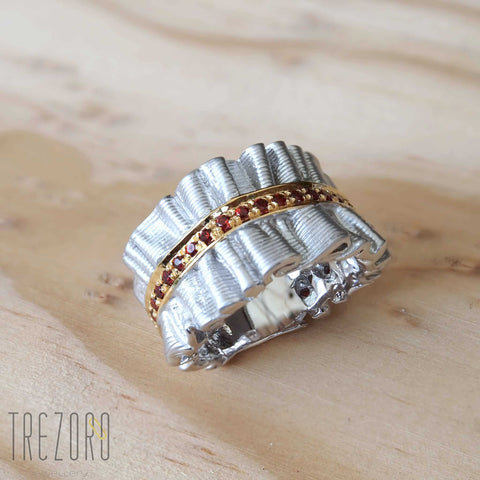 Silver Brocade Ring by Juvite