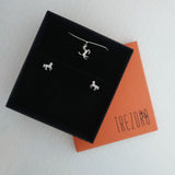 Trezoro Jewellery Gift Box Horses Jewellery Set Earrings Necklace