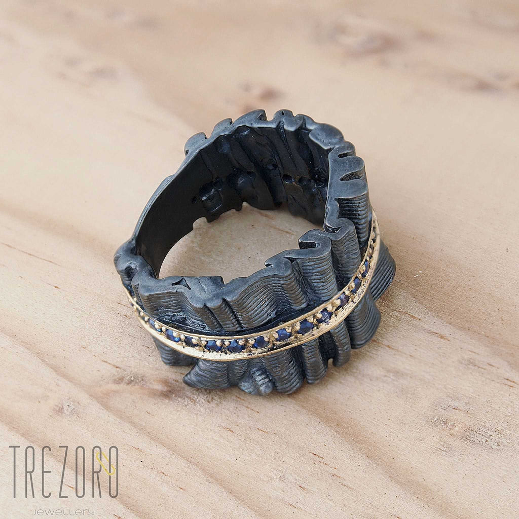 "Ring Black with Sapphire Juvite ""Silver Broclade"" Gold Plated - Trezoro Jewellery Online Store"