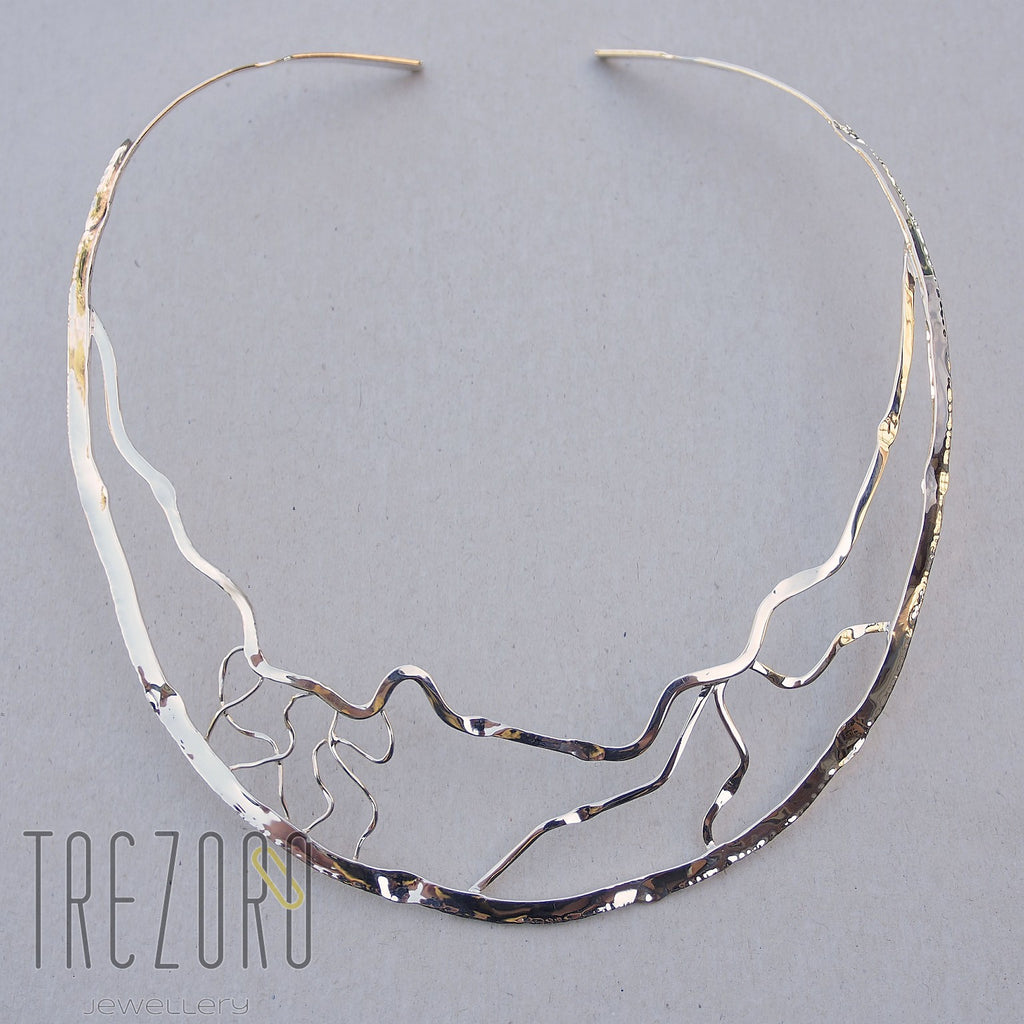 Curved Lines Necklace - Trezoro Jewellery - 1
